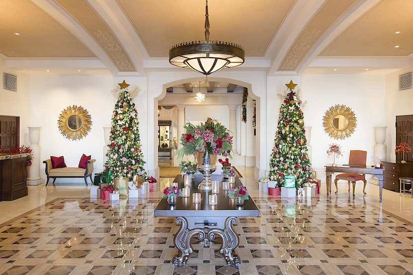 mbh-architectural-lobby-entrance-holiday-decor